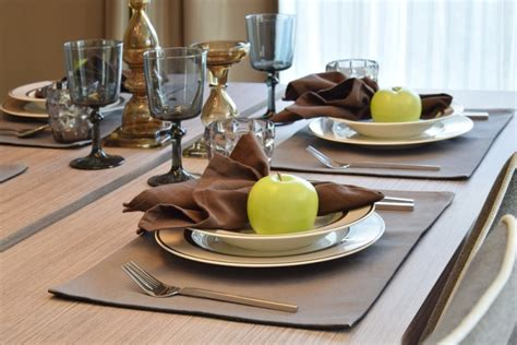 Style Modern Setting by 27 Modern Dining Table Setting Ideas