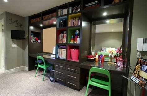 29 Kids? Desk Design Ideas For A Contemporary And Colorful