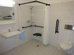 Behindertengerechtes Bad Din 18040 : behinderten dusche eckventil waschmaschine ~ Eleganceandgraceweddings.com Haus und Dekorationen