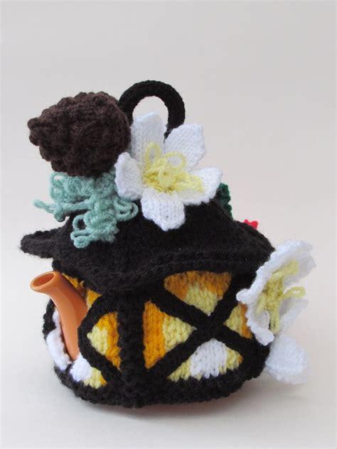 christmas knitted cozy lantern tea cosy knitting pattern