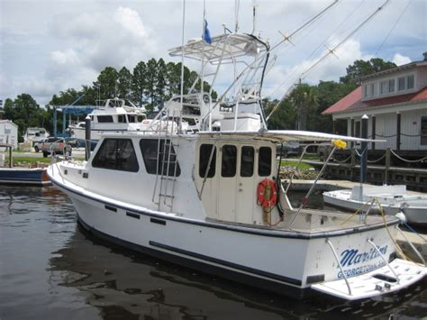 Fishing Boat Rentals Near Me by Show Me Pilothouse Fishing Boat 25ft 35ft The Hull