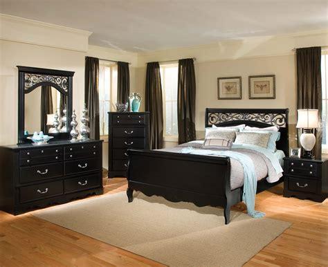Standard Furniture Madera 5 Piece Sleigh Bedroom Set In