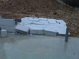 Poser Bloc Porte Entre 2 Murs : murs de beton cellulaire qui tombent 17 messages ~ Dailycaller-alerts.com Idées de Décoration