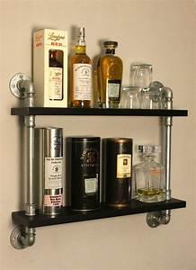 Regal Aus Rohren : freddykanova whisky display temperguss rohr regal industrial style esszimmer pinterest ~ Markanthonyermac.com Haus und Dekorationen