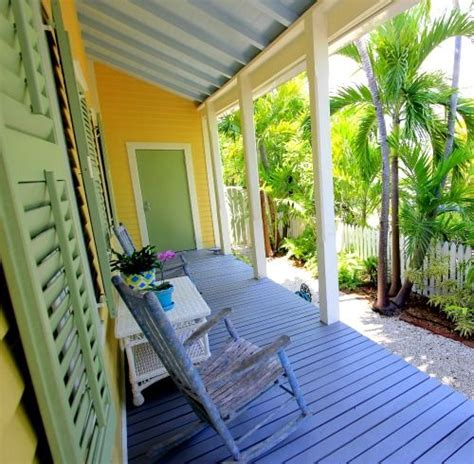 Breezy Blue Florida Cottage by 10 Images About Outdoor Coastal Decor Living On