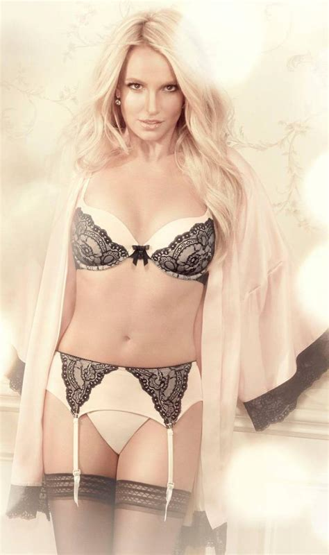 pop minute britney spears lingerie intimate collection
