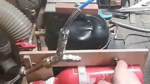 Fabriquer Une Fontaine Sans Pompe : utilisation d 39 une pompe vide faite maison youtube ~ Melissatoandfro.com Idées de Décoration
