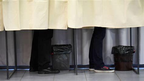 bureau de change ouvert le dimanche primaire de la droite les bureaux de vote ont ouvert pour