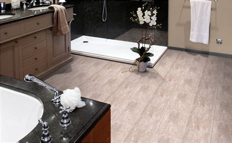 Bodenbelag Badezimmer Pvc bodenbelag f 252 rs badezimmer finden mit hornbach