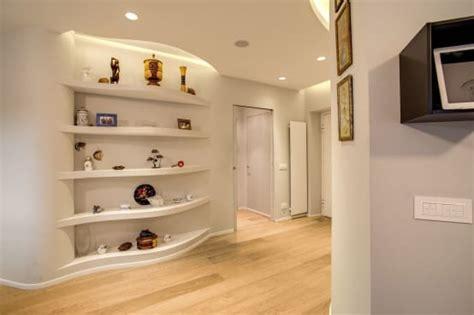 cappottiere per ingresso moderne come arredare ingresso e corridoio 45 idee eleganti