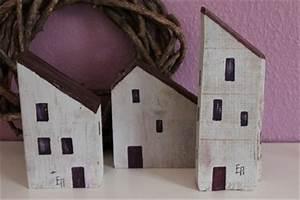 Kleine Deko Holzhäuser : die besten 25 kleine landh user ideen auf pinterest kleine h ttenhauspl ne kleine ~ Sanjose-hotels-ca.com Haus und Dekorationen