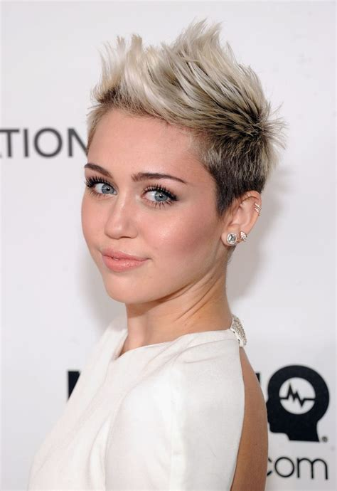 15 Pixie Cuts for All Hair Textures in 2020 The UnderCut