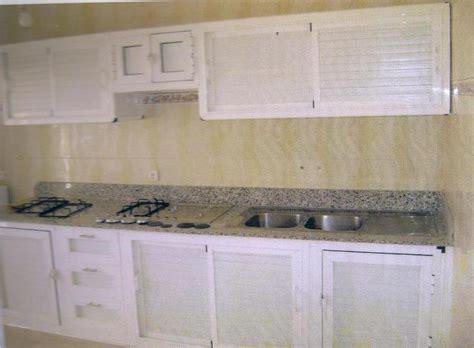 cuisine en aluminium davaus decoration cuisine en aluminium avec des