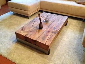 Rustikale Tische Aus Holz : die besten 25 wohnzimmertisch holz ideen auf pinterest diy tisch teppich grau wei und ~ Indierocktalk.com Haus und Dekorationen