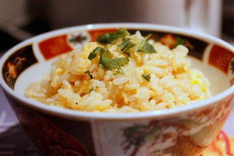 cuisiner des restes cuisiner un reste de riz riz frit chez requia cuisine