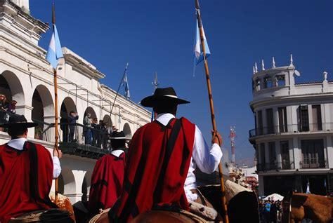 Ropa típica de Buenos Aires Turismo org