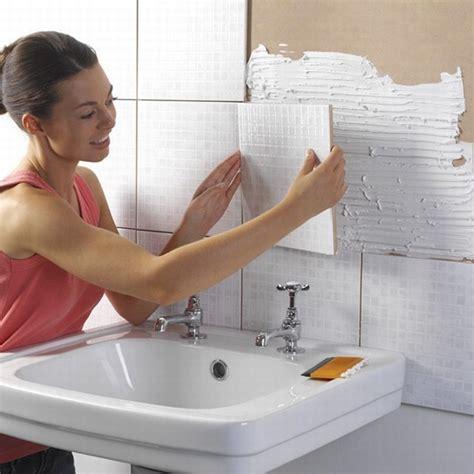 nue dans salle de bain comment poser de la fa 239 ence