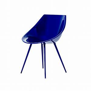 Chaise Bleu Marine : chaise lago du designer philippe starck son univers artistique un mobilier design original et ~ Teatrodelosmanantiales.com Idées de Décoration