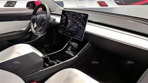 Tesla Model 3 Performance Dual Motor - характеристики топового Model 3