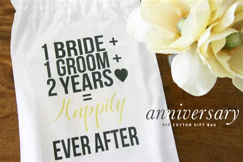 Whether you are looking for a funny gift, unisex gift ideas, or a small gift there are so many options available. 2nd Wedding Anniversary Ideas