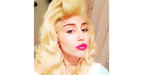 Miley Cyrus channeled her country roots with a Dolly ...