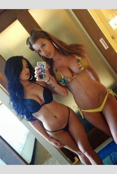 tyga's new GF (glow overload)(hnnnngggg)) - Bodybuilding.com Forums