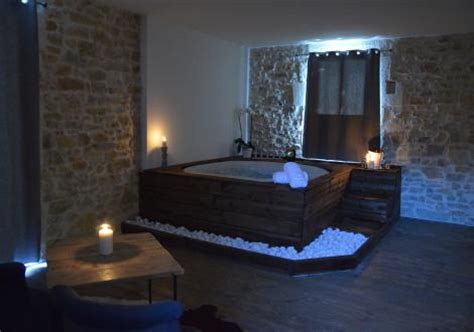 hotel avec dans la chambre lyon pas cher hotel privatif lyon chambre de charme avec