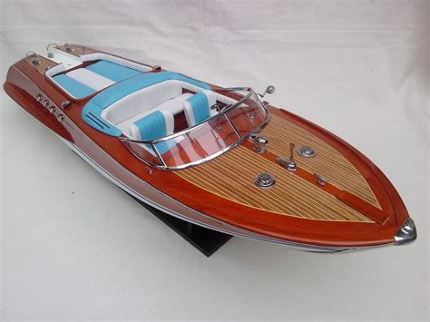 Italian Wooden Boat Plans by Riva Aquarama 34 Quot High Quality Italian Model Boat L80