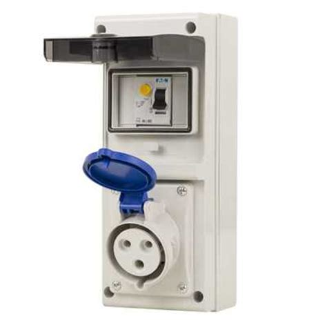 Mobile Mounting Socket 32a 2p 32a 2p e 230v unswitched socket with 40a rcd ip44 cef