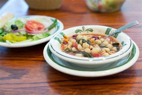 olive garden soup and salad fiber on the menu the olive garden plate living