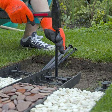 bordure plastique recycl 233 l 75cm x h 4 5cm 4 clous bordure de jardin
