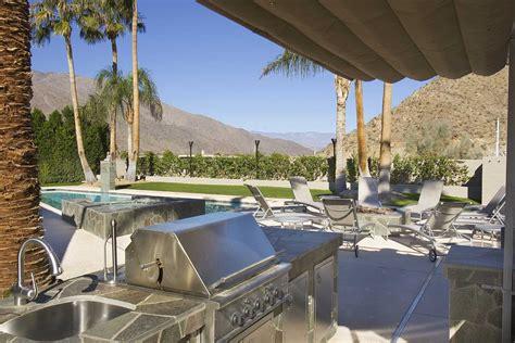 outdoor kitchen appliances  haves