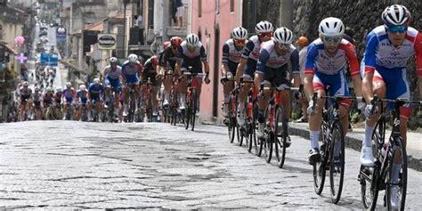 Clasificación general del giro de italia luego de la etapa 3, luego del final con el ascenso al etna. Clasificación general del Giro de Italia 2020 tras la etapa 5 - Noticiero del Llano