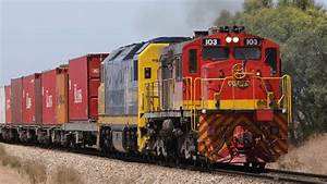 Freight Trains at Two Wells, South Australia - Australian ...