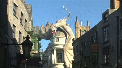 harry potter fans to new universal studios diagon alley expansion