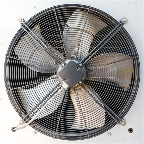 axial  centrifugal fans  big differences  matter