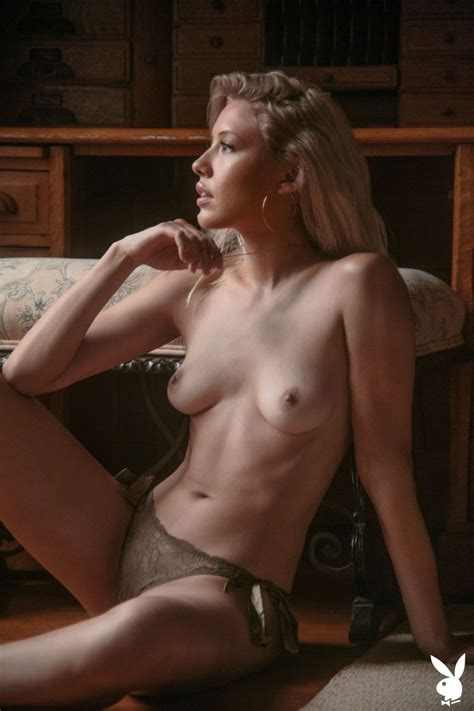Michelle Rizzo Nude Photos TheFappening