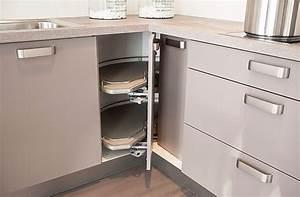 hacker musterkuche kleine winkelkuche mit sitztheke With kleine winkelküche