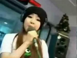2NE1 - Pretty Boy (polskie napisy) - YouTube