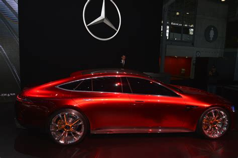 Mercedes Amg Gt Concept Brings Its Neck Twisting Design To
