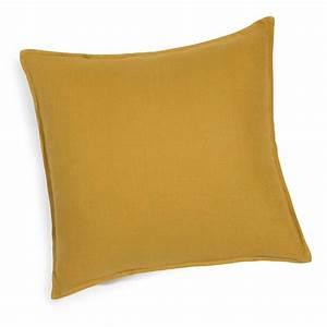 Coussin En Lin : coussin en lin lav jaune moutarde 60x60 maisons du monde ~ Teatrodelosmanantiales.com Idées de Décoration