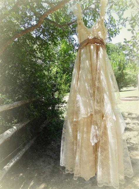 shabby chic wedding dress ideas 25 best ideas about shabby chic wedding dresses on pinterest bandy rustic burlap invitations
