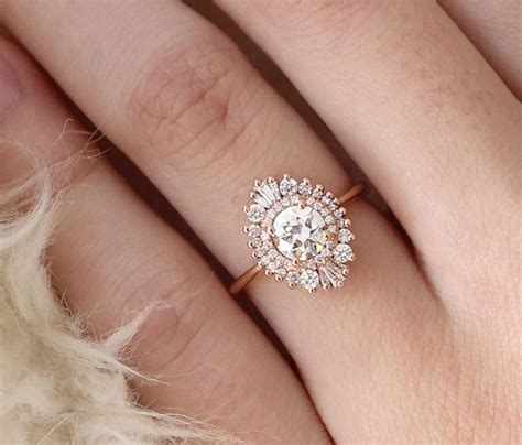 23 unique engagement rings fashiotopia