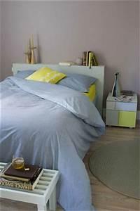 peinture chambre mauve gris linge de lit bleu et jaune With chambre mauve et bleu