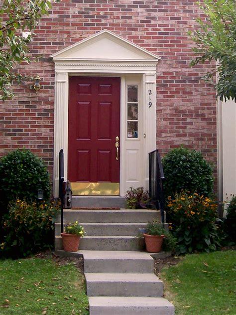 hgtv front door 5 ways to decorate with hgtv