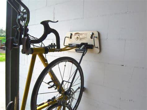 fahrrad im auto transportieren fahrrad im auto transportieren hts system fahrradtr 228 ger auto innenraum radtr 228 ger auto