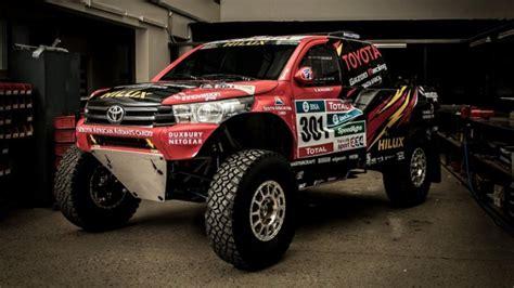 rally truck racing toyota reveals hilux evo racing truck for 2017 dakar rally