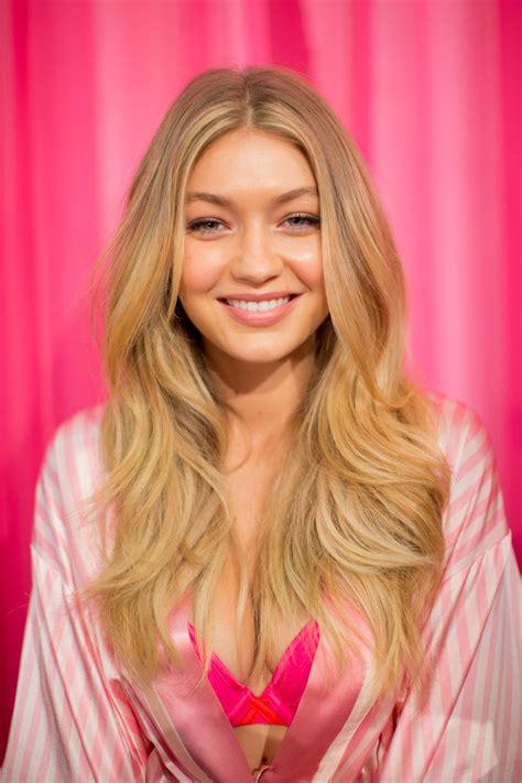 Victoria's Secret Backstage Bombshell Beauty 2015 | Vogue
