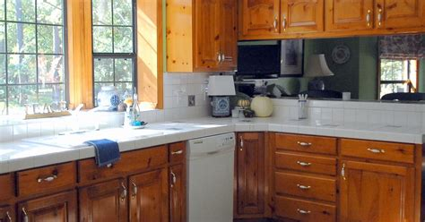 i want to paint my kitchen cabinets do i paint my kitchen cabinets i need your opinion 9604