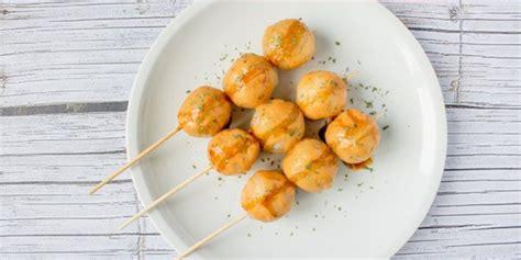 Saat ini, telur gulung yang populer sebagai jajanan anak sd. Resep Cara Membuat Cilor Makaroni dan Aci Telor Gulung Enak Menggunakan Tusuk khas Bandung ...